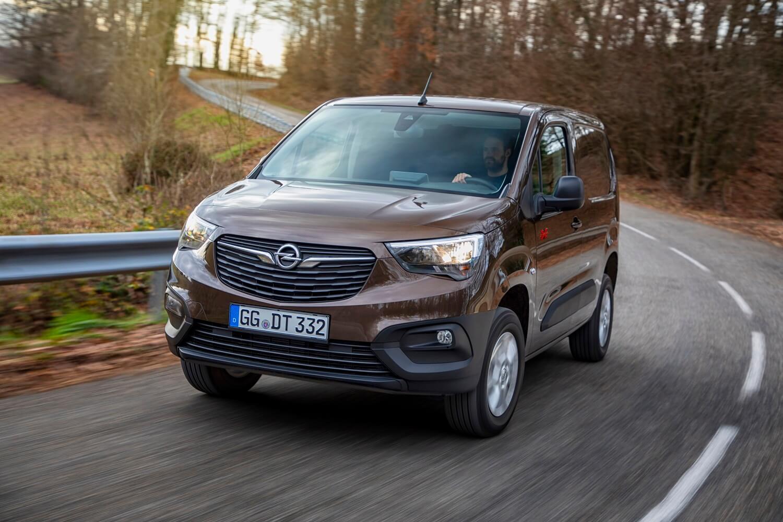 Opel Combo Cargo 4x4: frontal