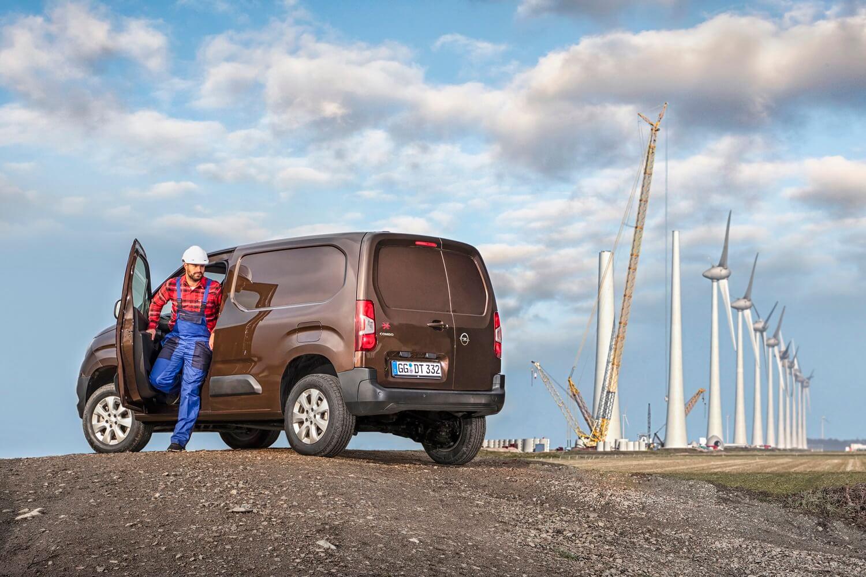 Opel Combo Cargo 4x4: trasera