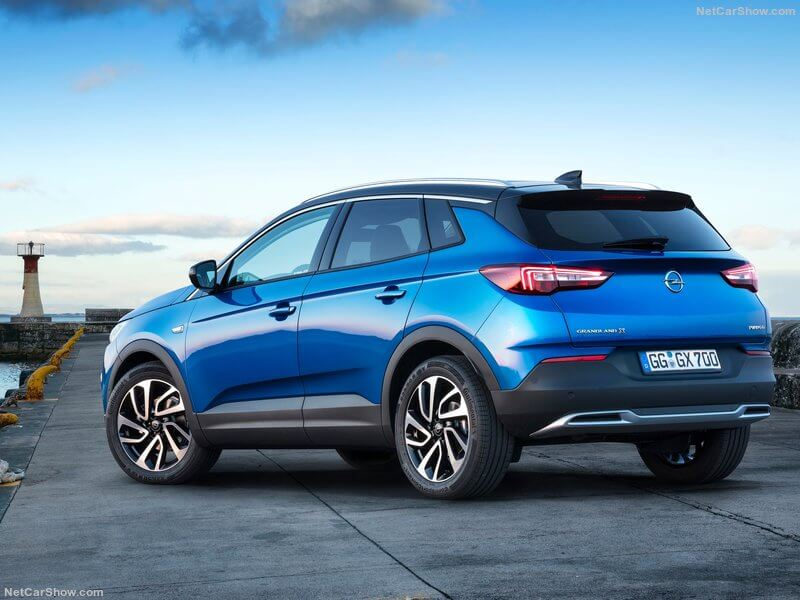 Opel Grandland X, parte trasera.