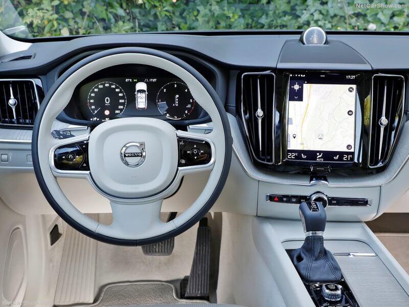 Volvo XC60 Polestar, interior.