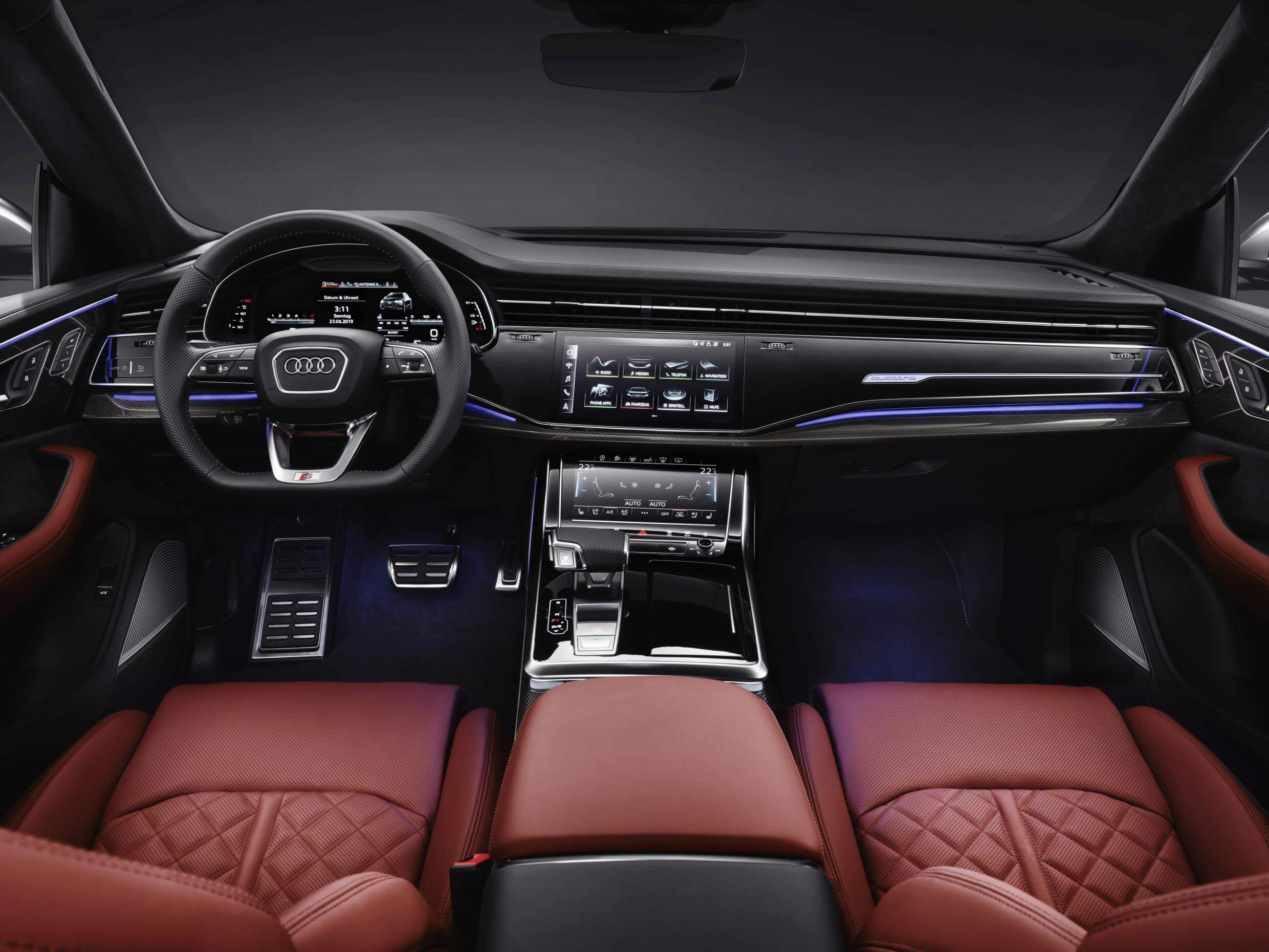 Audi SQ8 TDI: interior