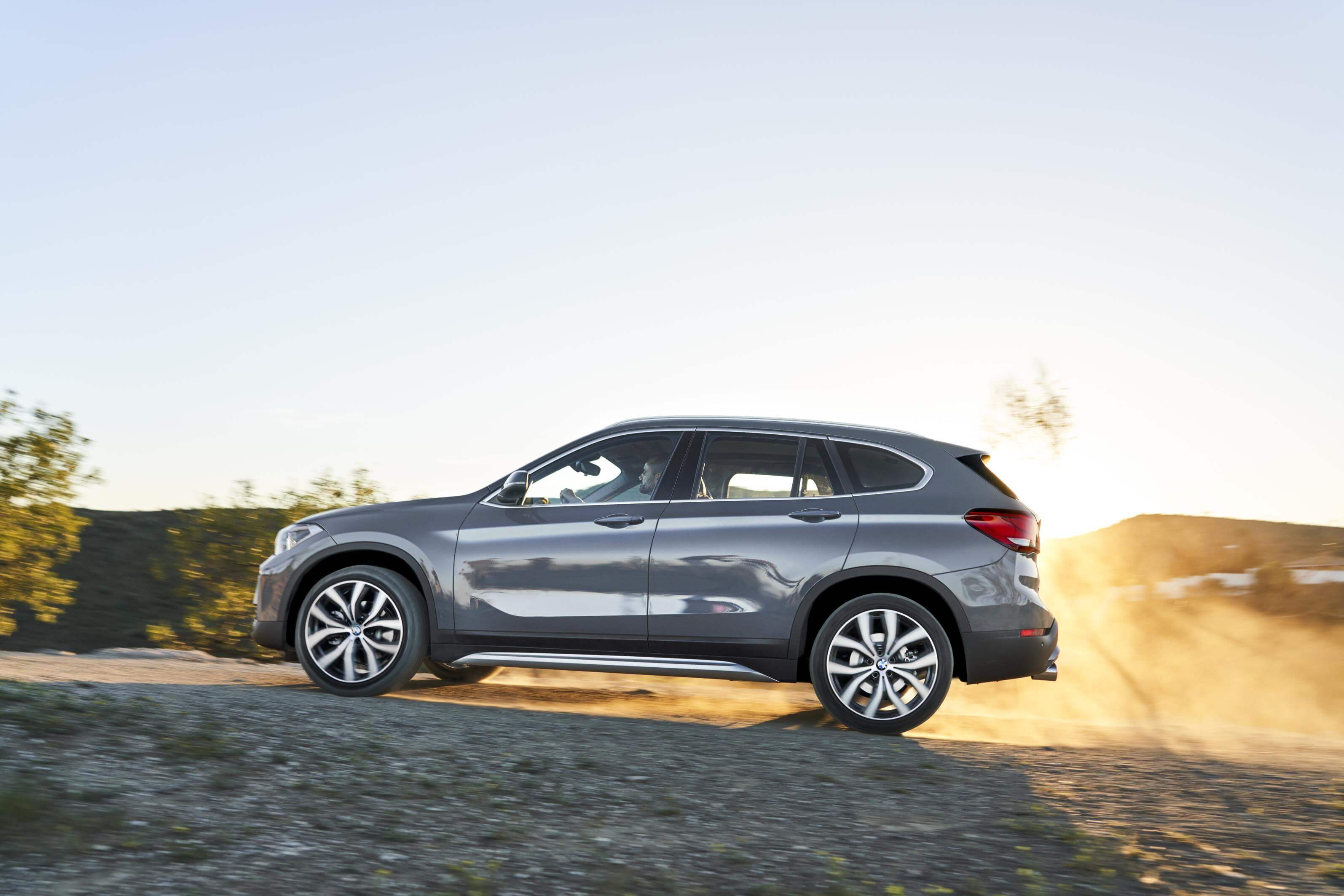 BMW X1 2019: lateral