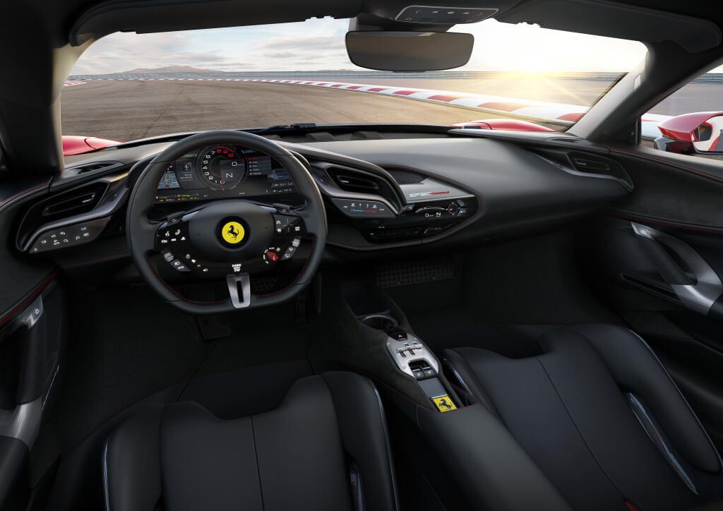 Ferrari SF90 Stradale: interior.