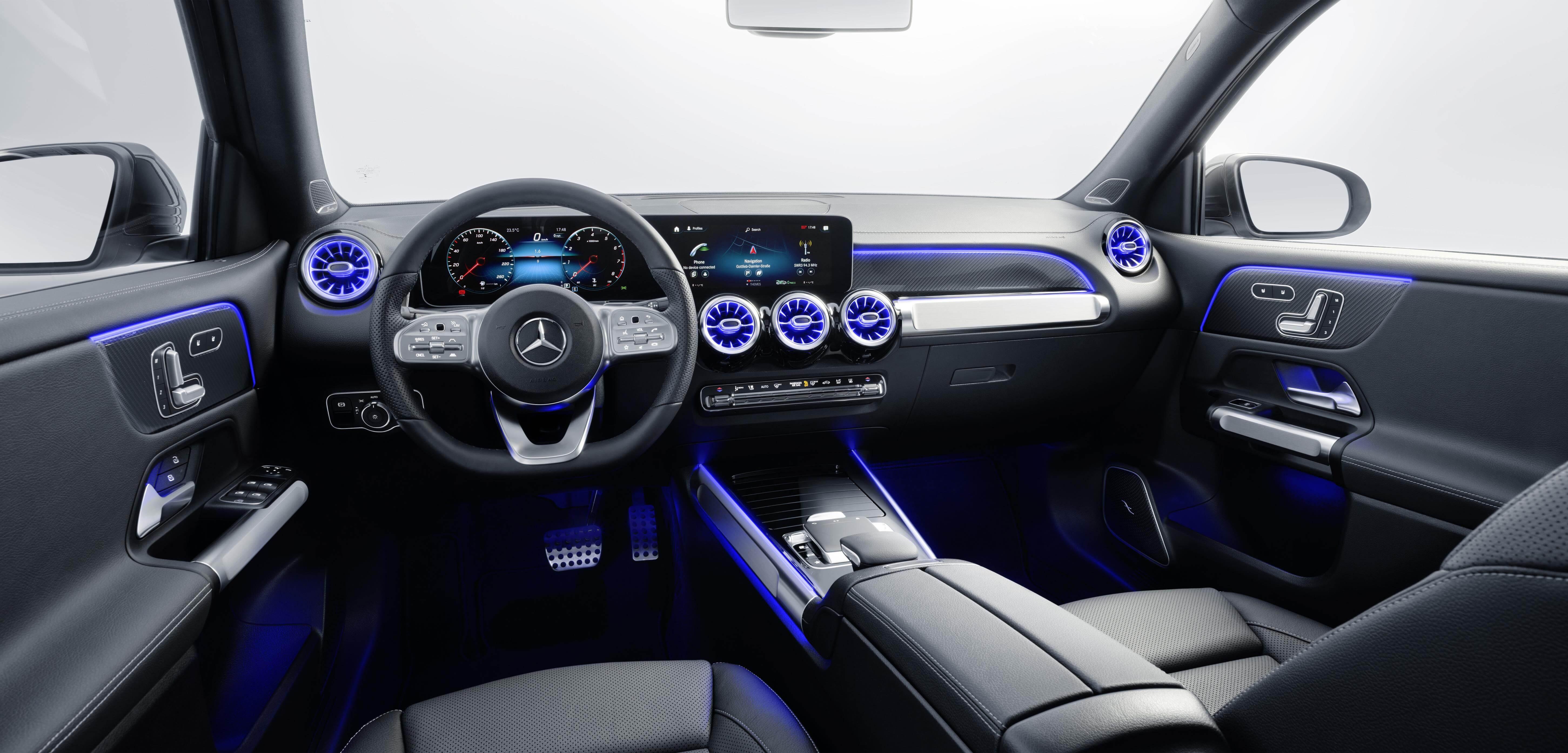 Mercedes GLB: interior