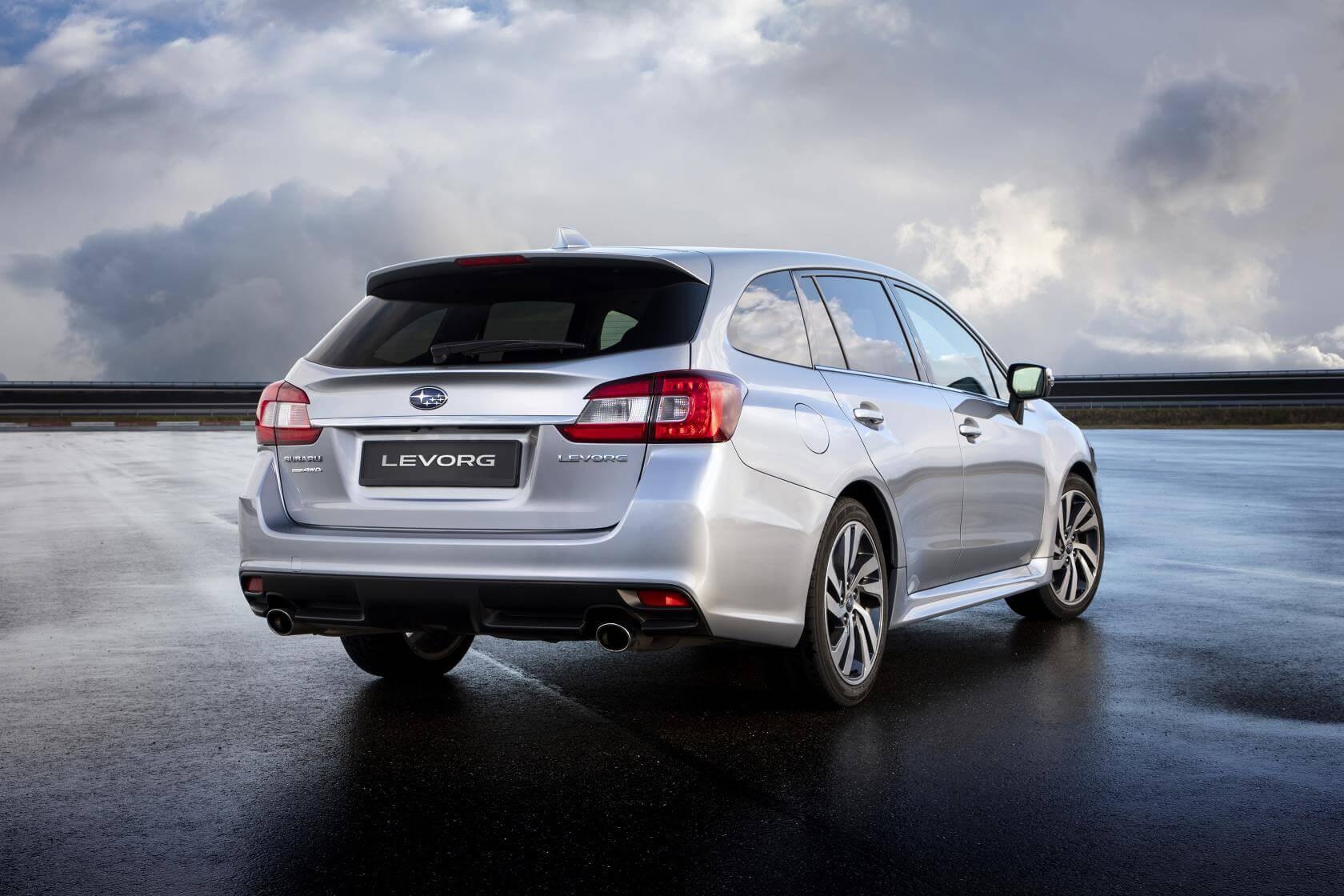 Subaru Levorg 2019: trasera