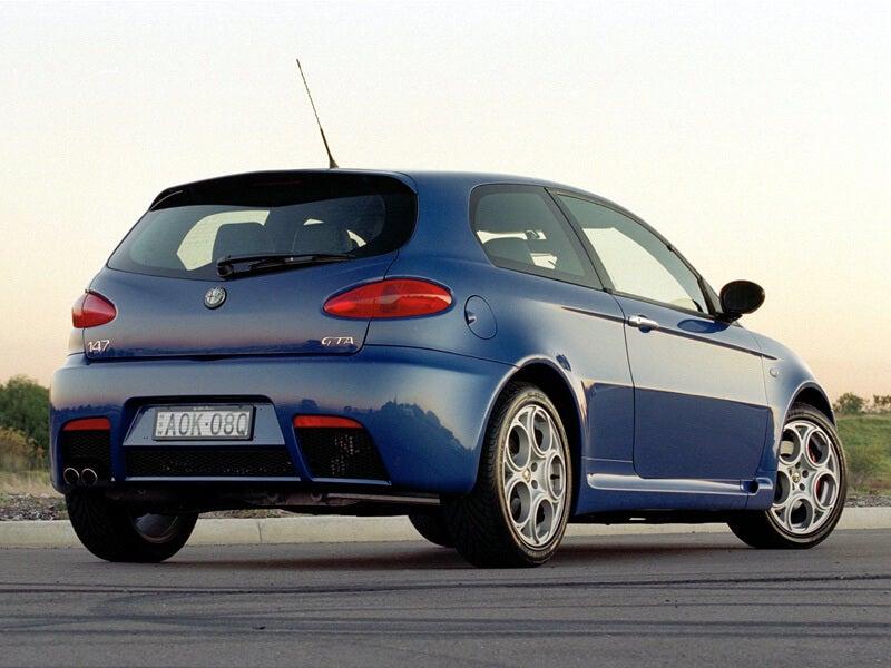 Alfa Romeo 147 GTA: zaga.
