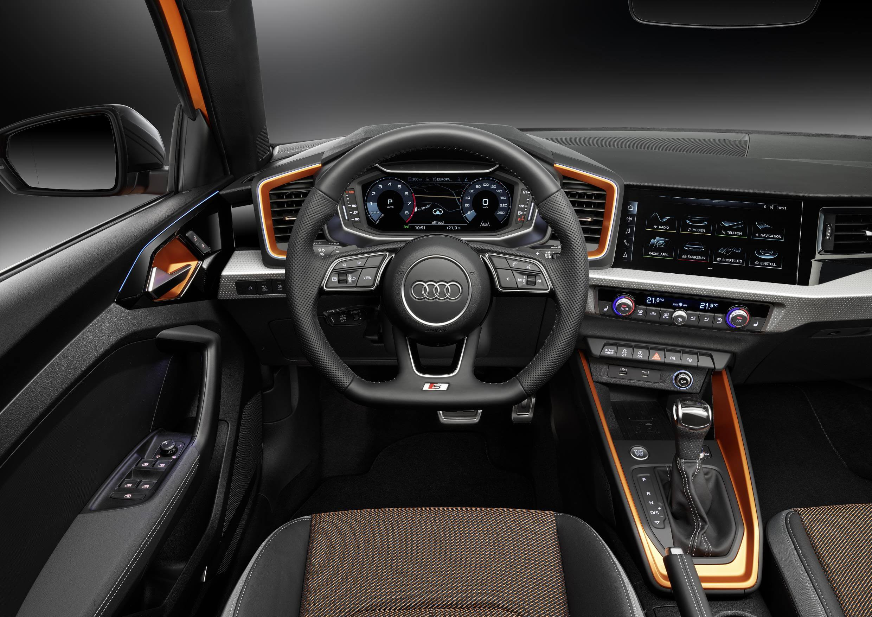 Audi A1 citycarver: interior