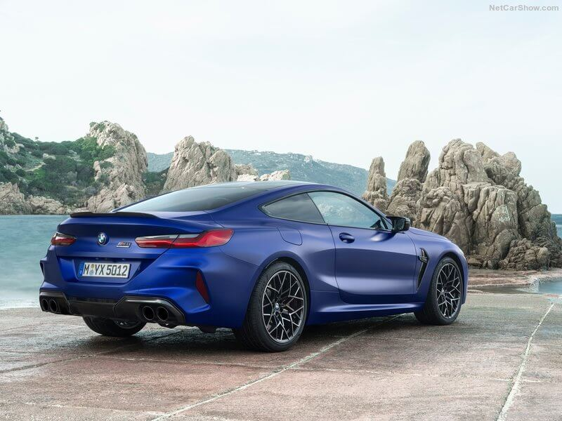BMW M8 Competition, parte trasera.