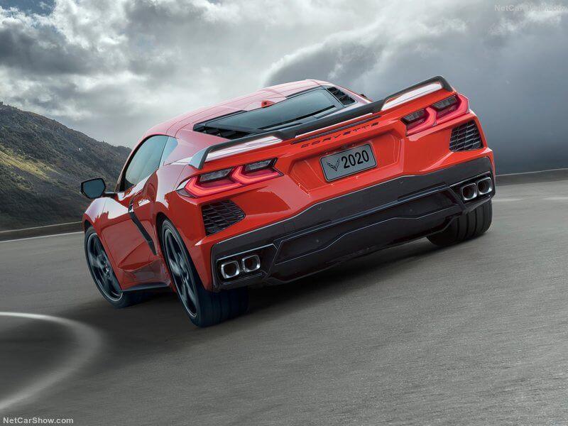 Trasera del Chevrolet Corvette C8.
