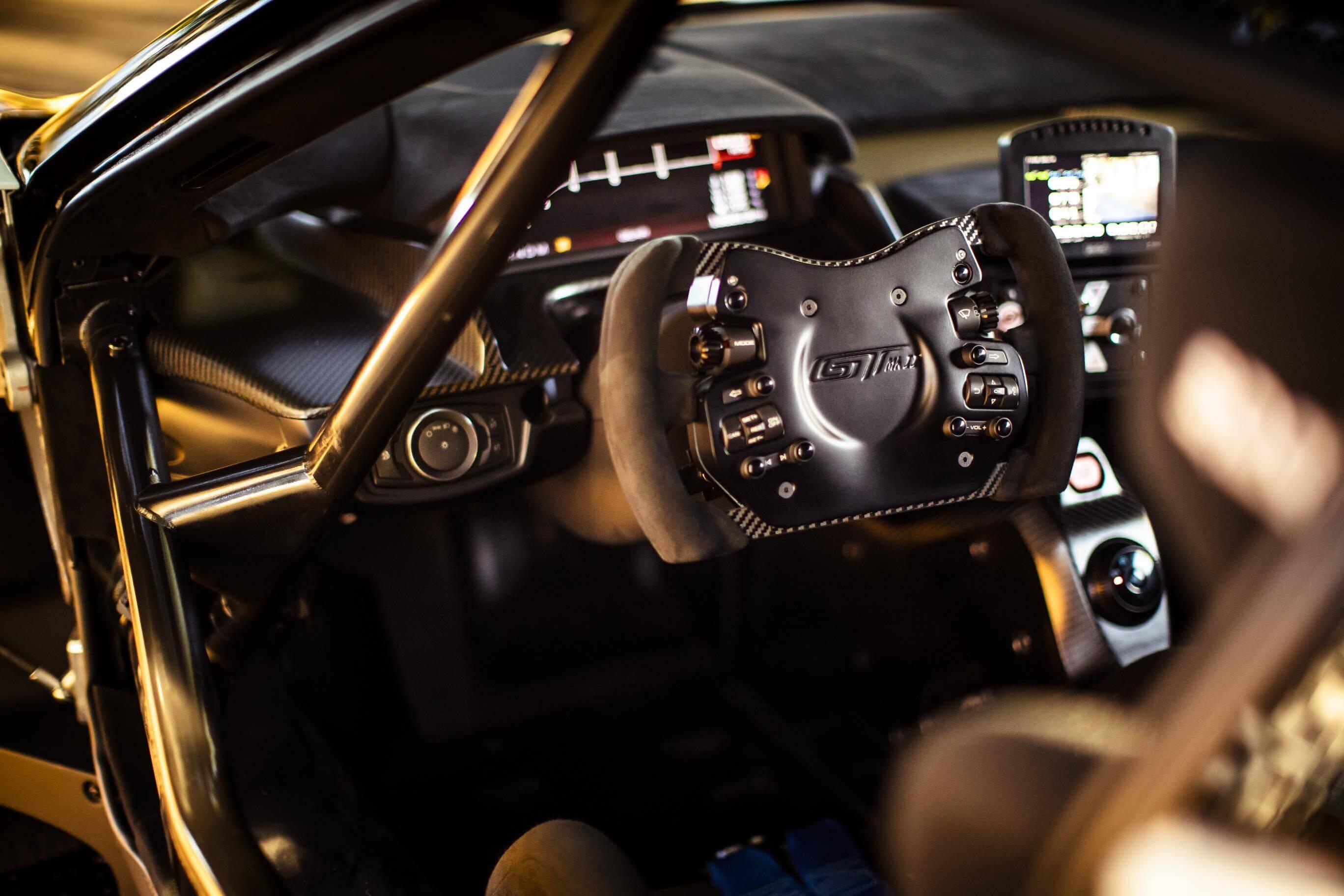Fordd GT Mk II: interior