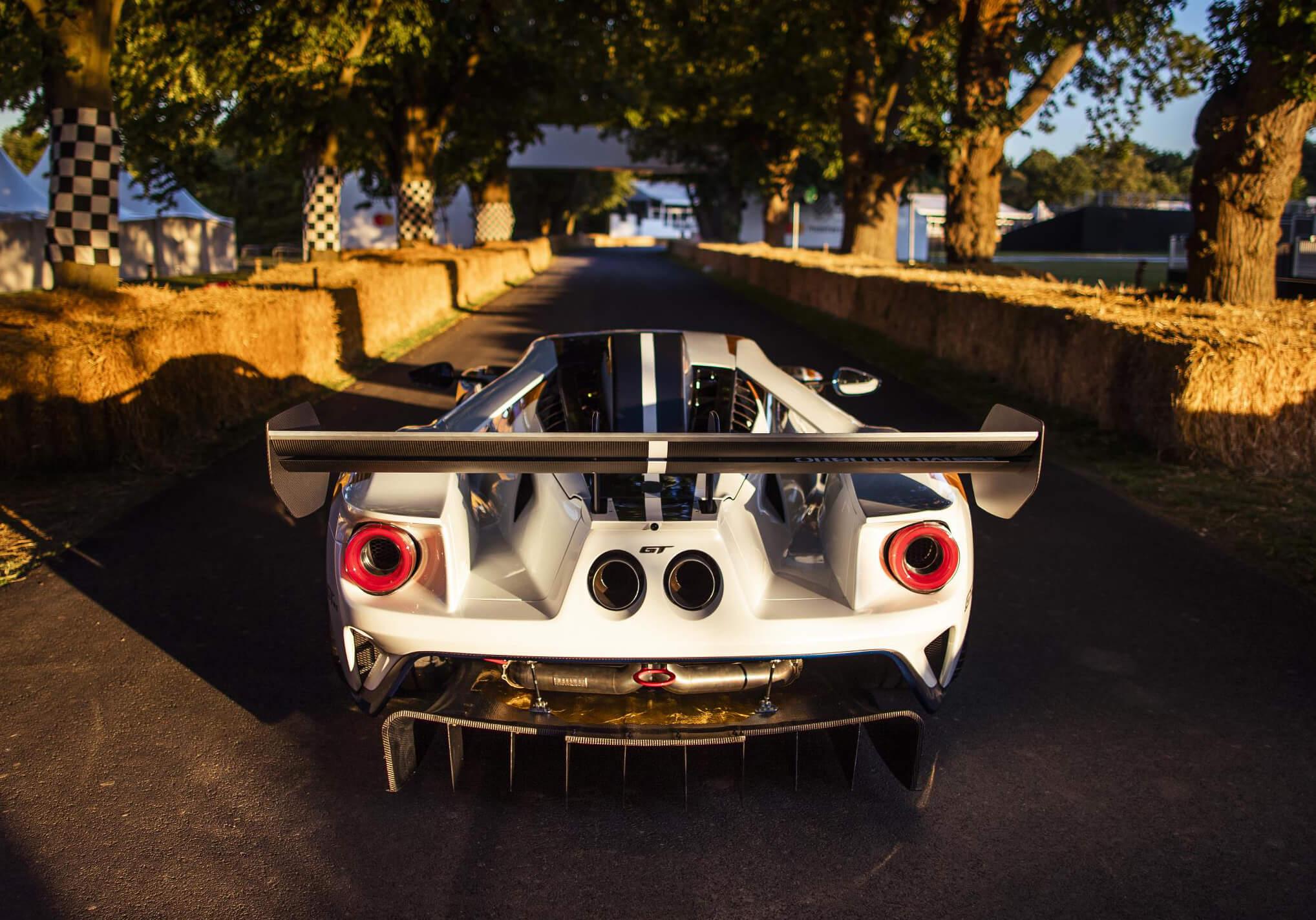 Fordd GT Mk II: trasera