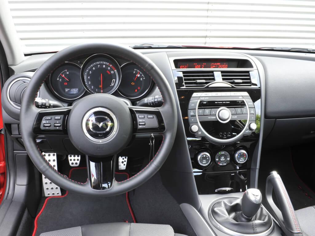 Interior del Mazda RX-8