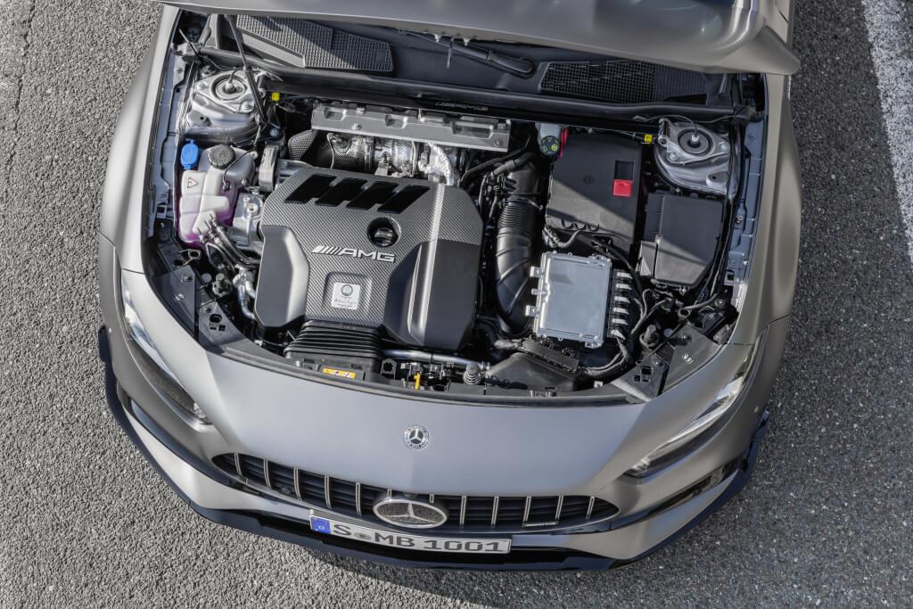 Mercedes-AMG A 45 S: motor.