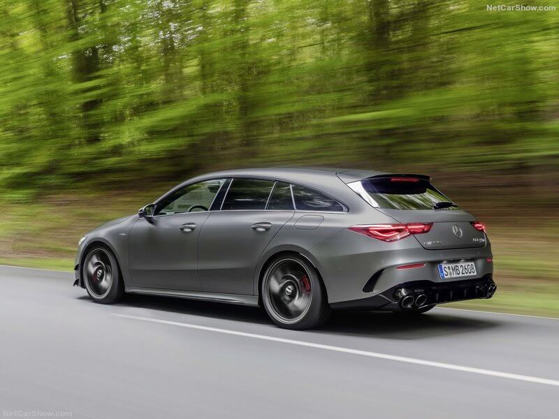 Mercedes CLA 45 4MATIC+ Shooting Brake, trasera.