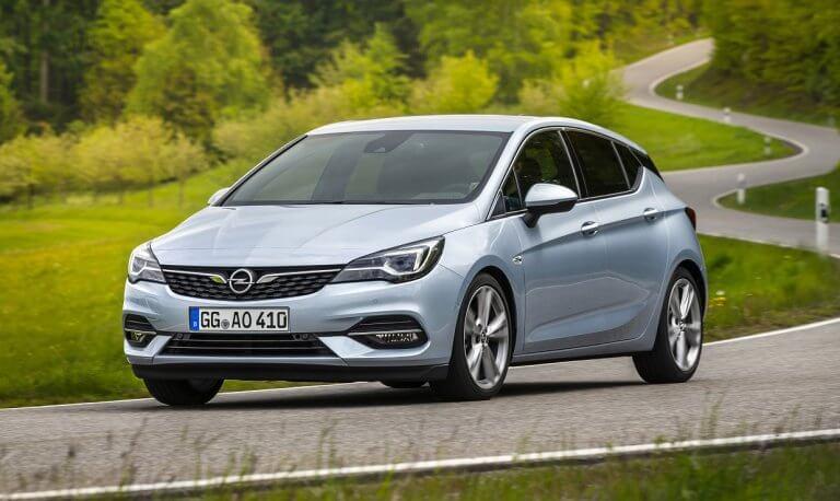 Opel Astra 2019, más equipamiento y nuevos motores