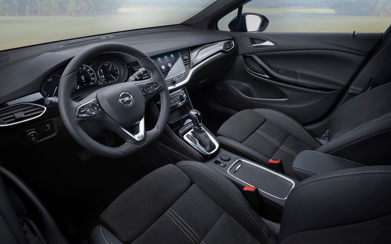 Opel Astra 2019: interior