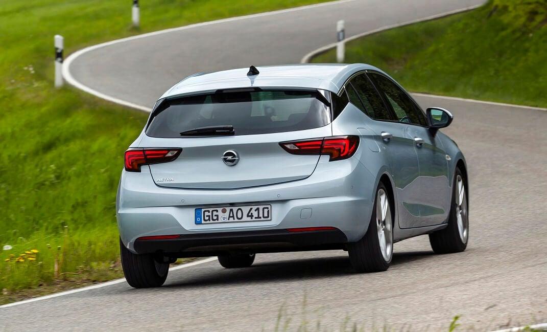 Opel Astra 2019: trasera