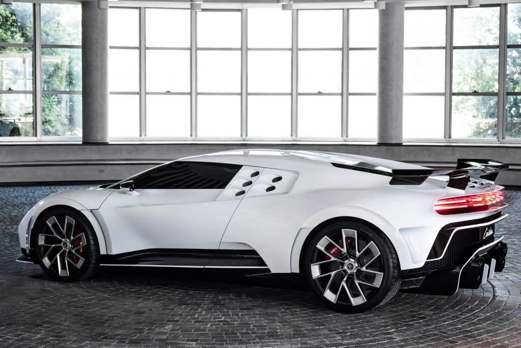 Lateral del Bugatti Centodieci.