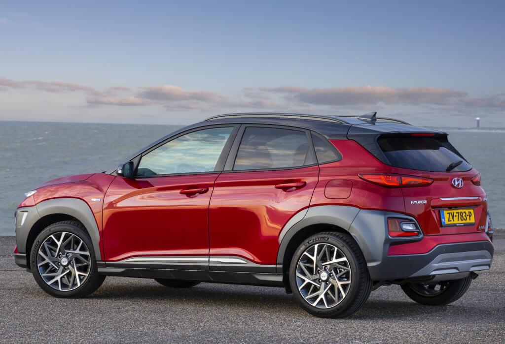 Hyundai Kona Hybrid: zaga.