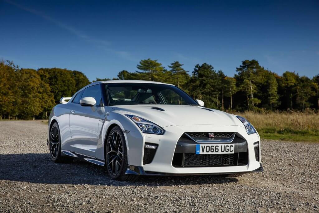 Las indecisiones mantendrán al actual Nissan GT-R por muchos años