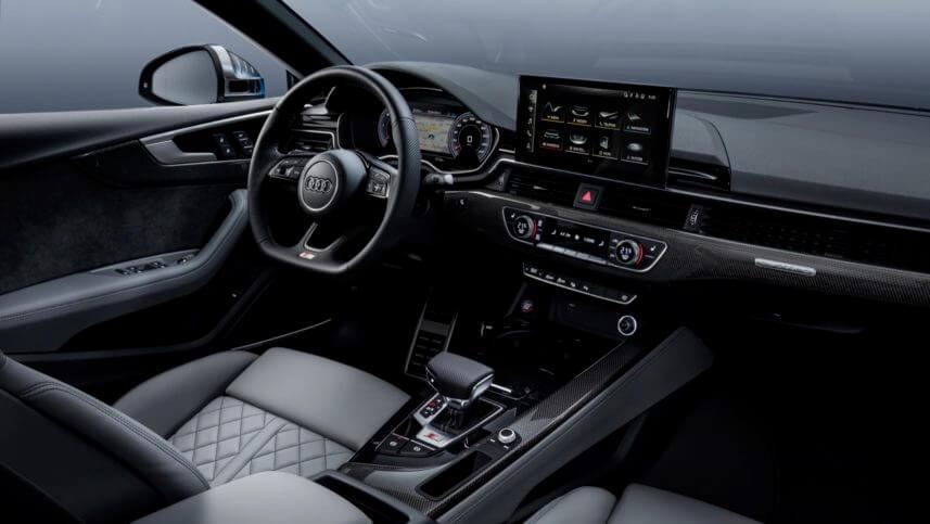 Audi S5 TDI 2020, interior.