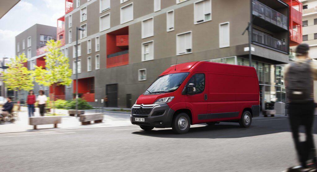 El Citroën Jumper se renueva y dispondrá de versión eléctrica