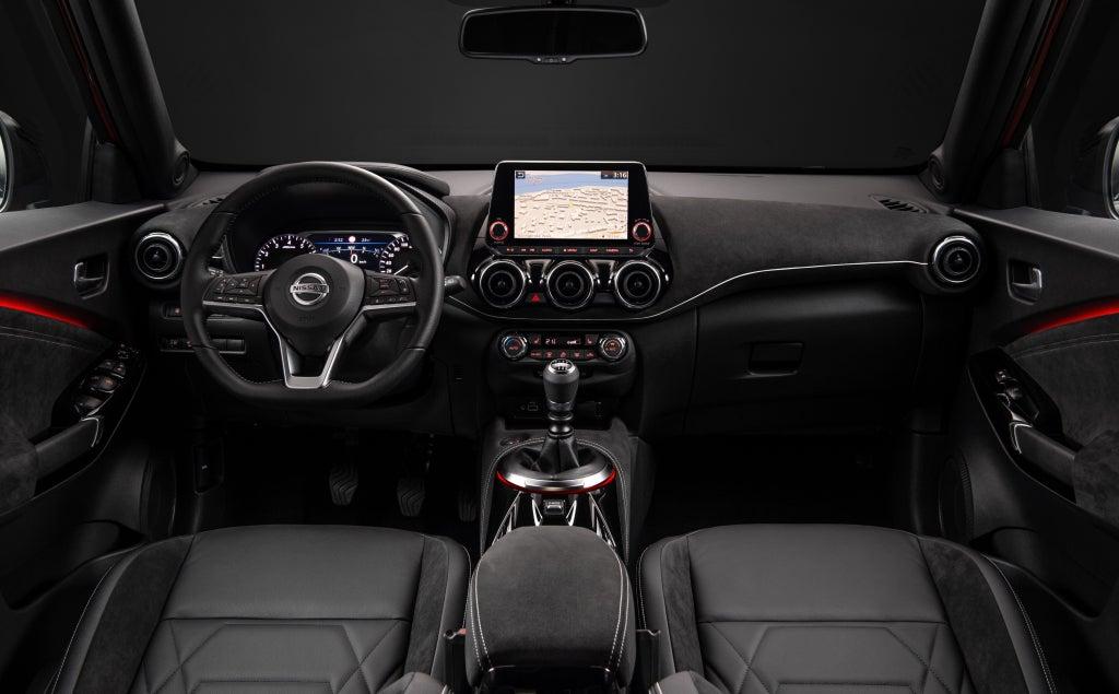 Nissan Juke 2020, interior.