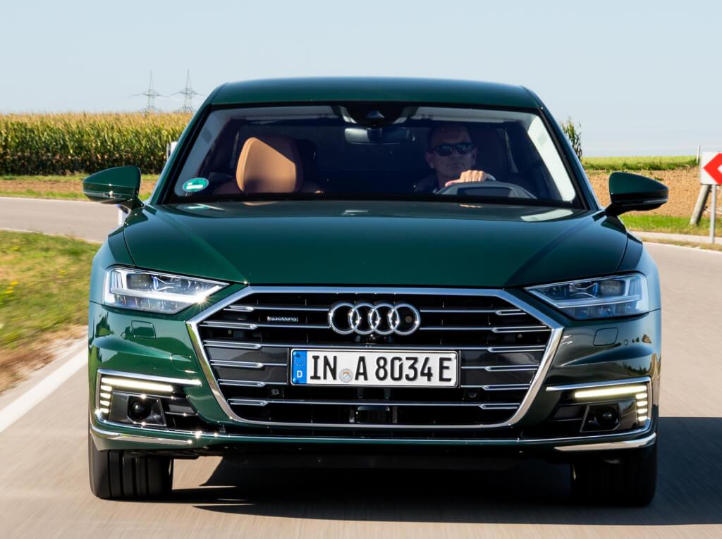 Parrilla del Audi A8L 60 TFSI e.