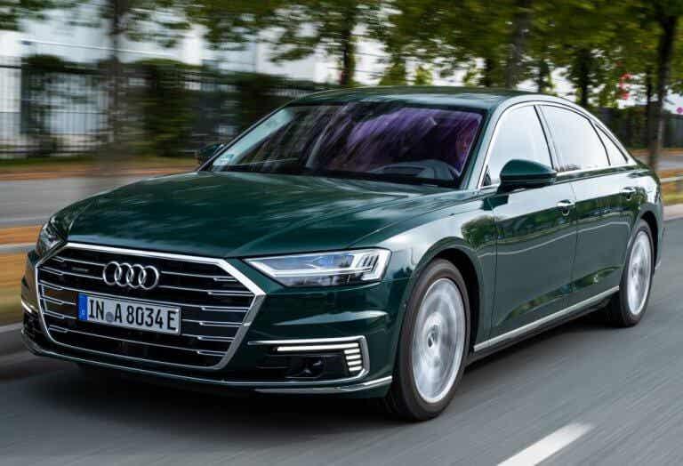 Audi A8L 60 TFSI e, dos toneladas de eficiencia