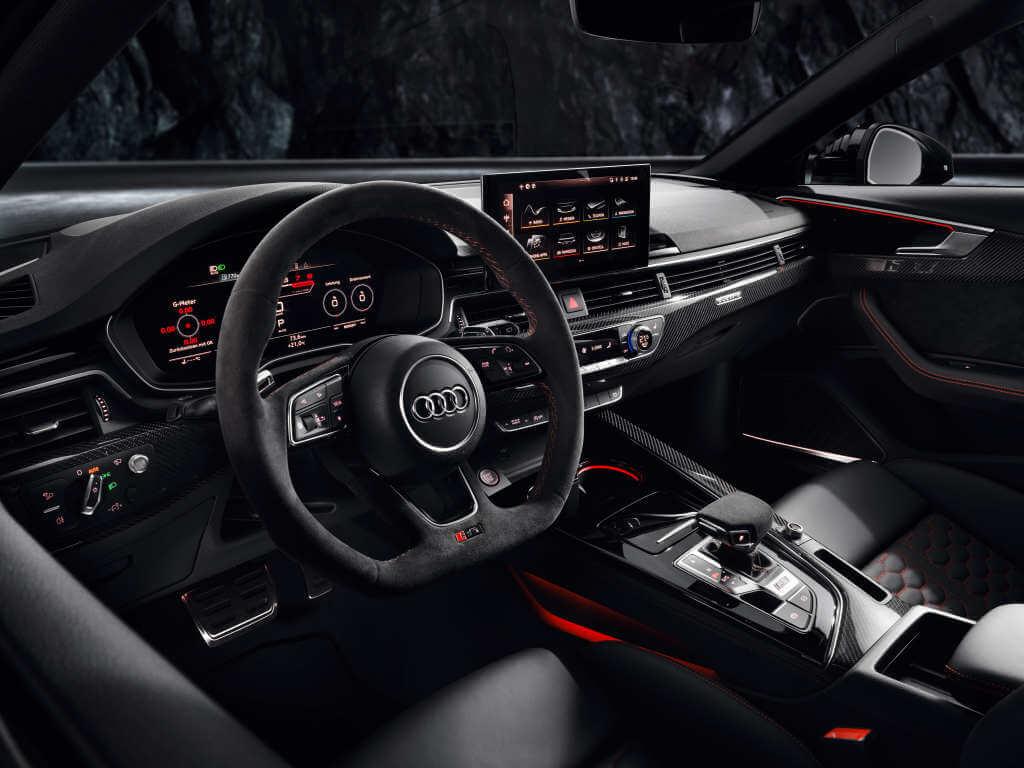 Audi RS4 Avant 2020, interior.