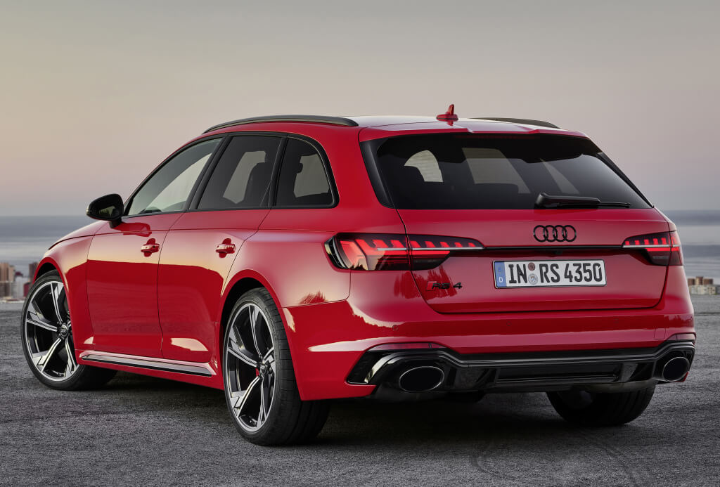 Trasera del Audi RS4 Avant 2020.