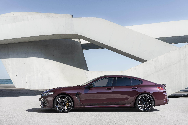 Lateral del BMW M8 Gran Coupé
