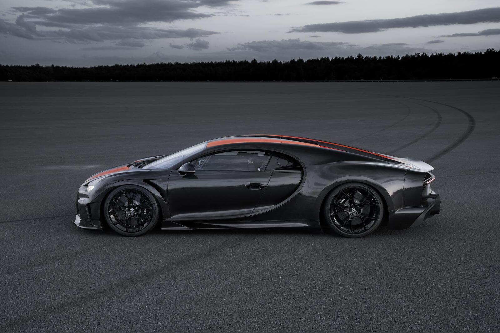 Lateral del Bugatti Chiron Super Sport 300+