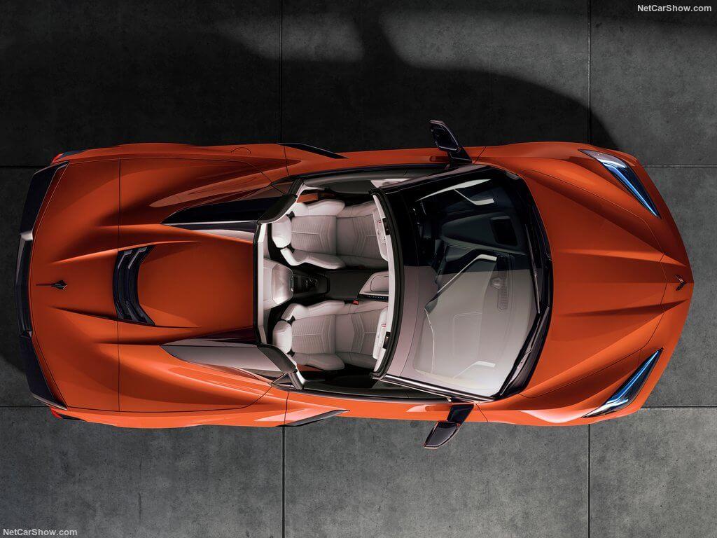 Imagen desde arriba del Chevrolet Corvette C8 Stingray Convertible
