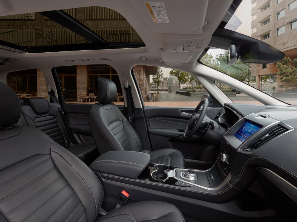 Ford Galaxy 2020: interior.