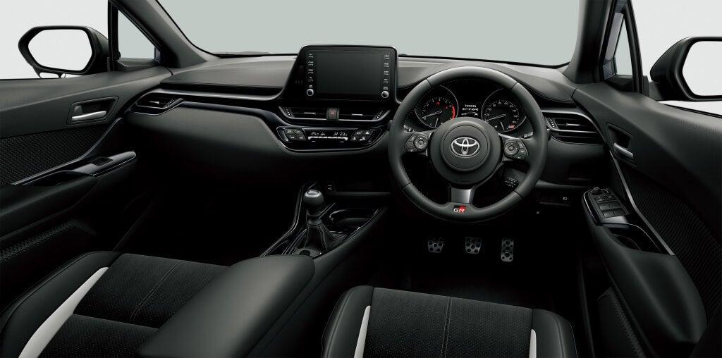 Interior del Toyota C-HR GR Sport.