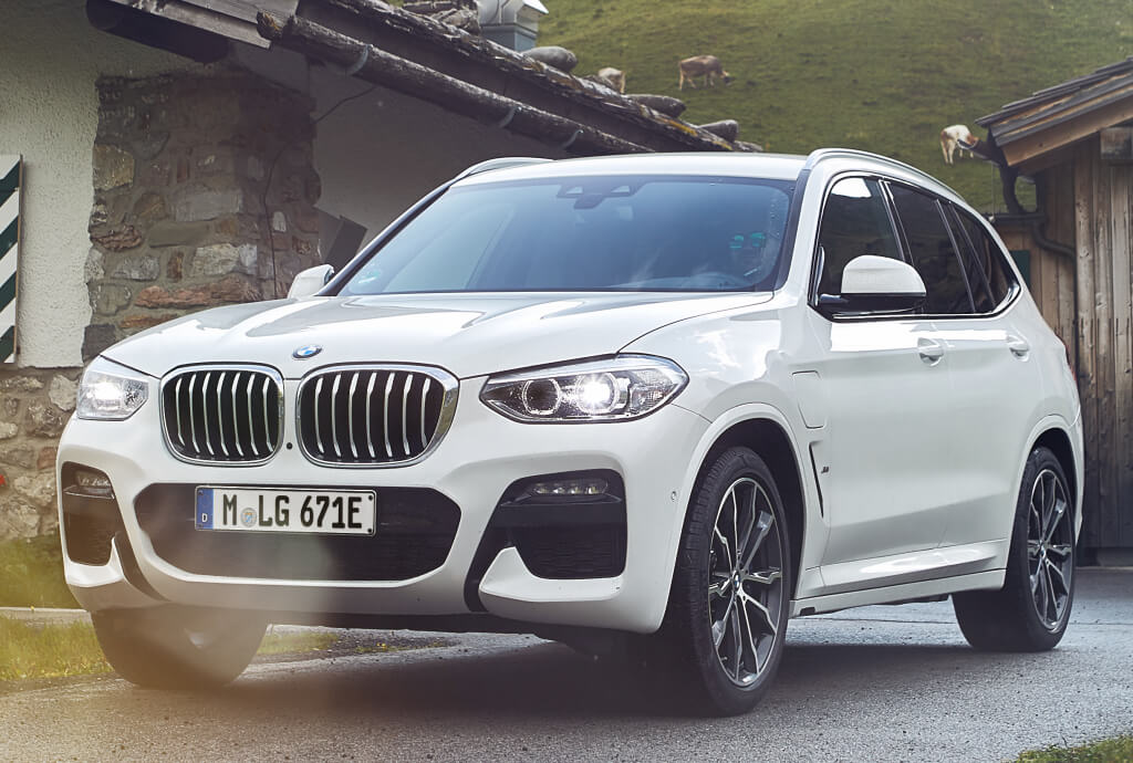 BMW X3 xDrive30e, nuevo híbrido enchufable