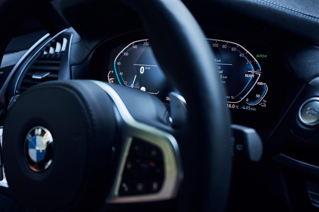 BMW X3 xDrive30e, cuadro de instrumentos.