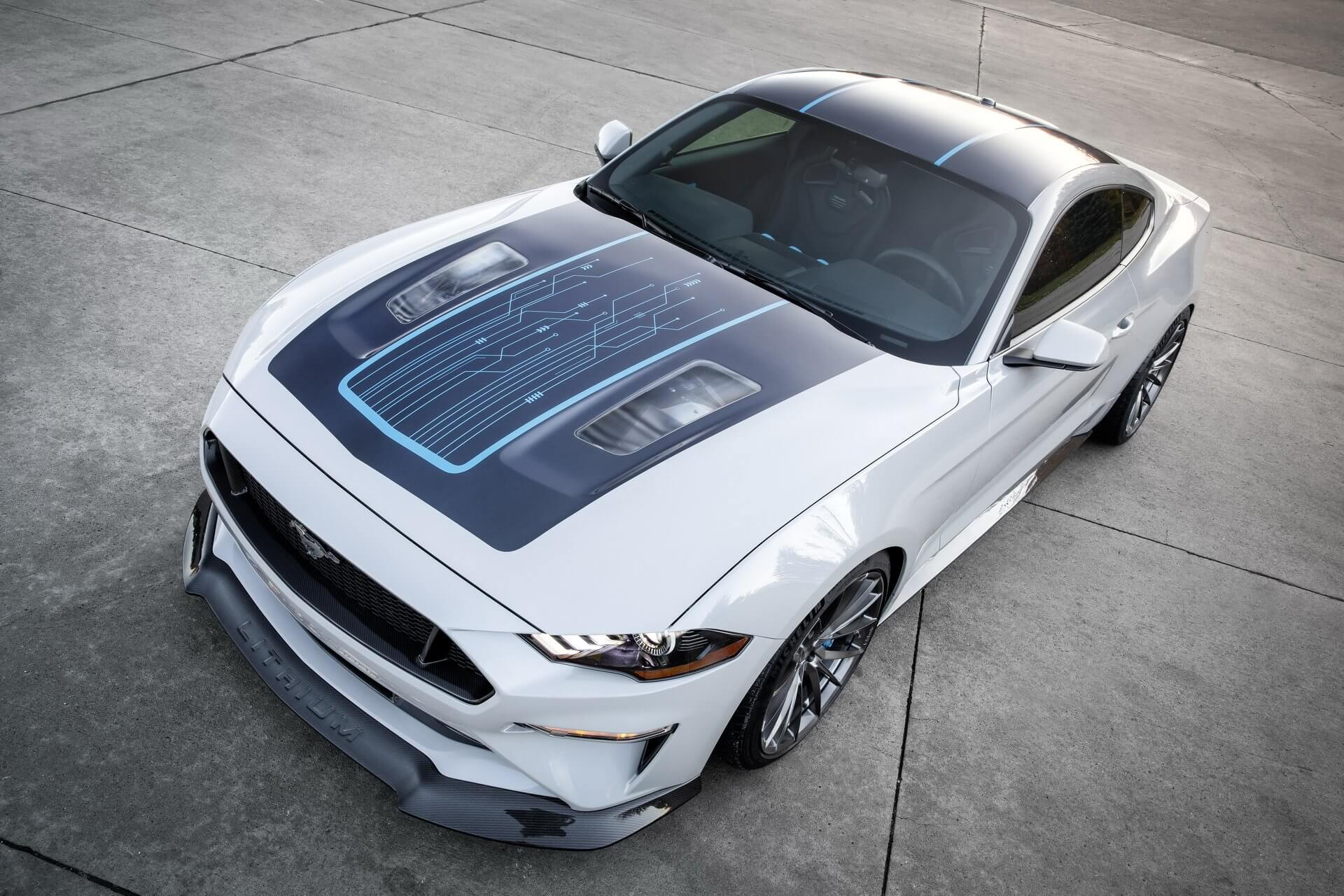 Ford Mustang Electric: frontal