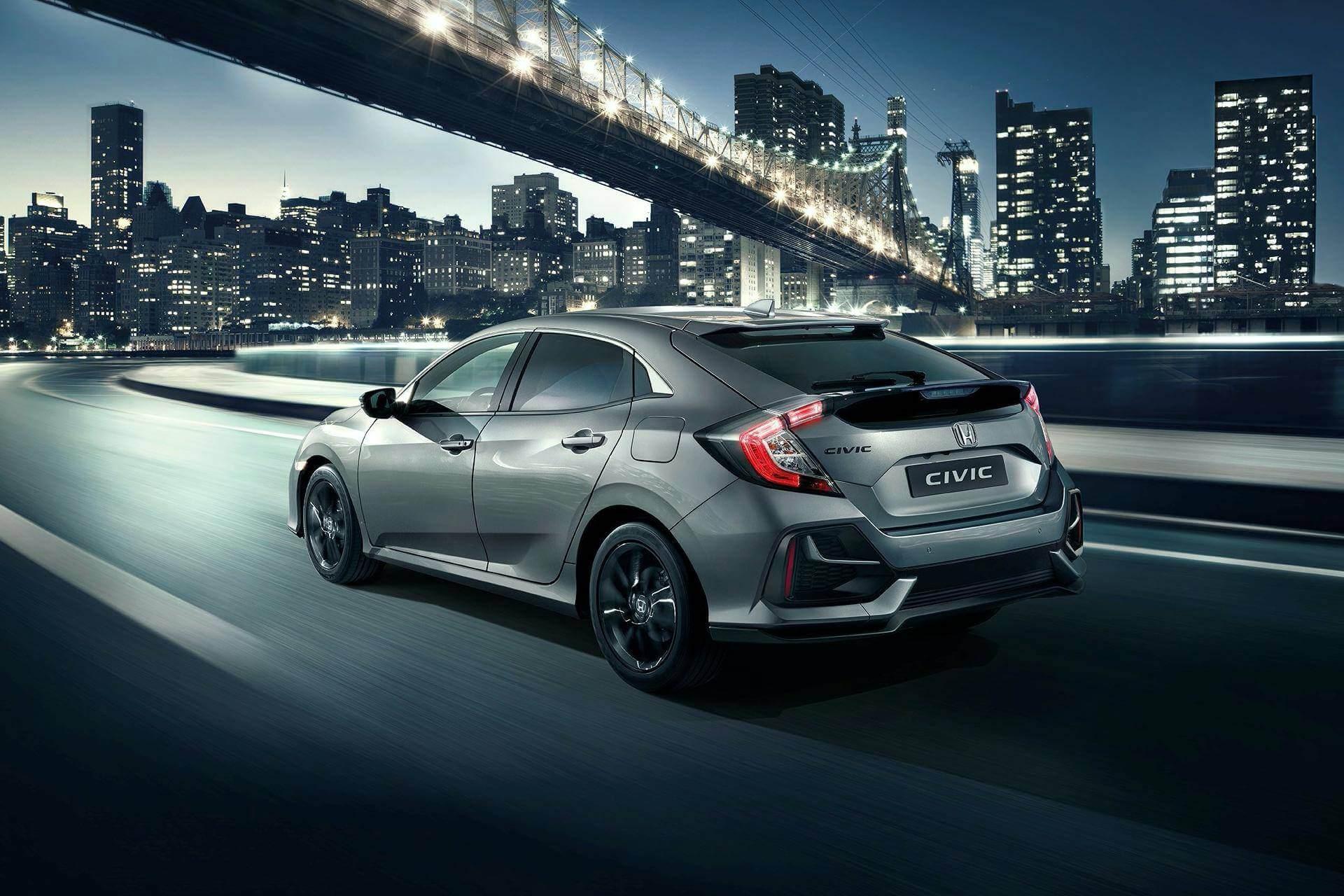 Honda Civic 2020: trasera.