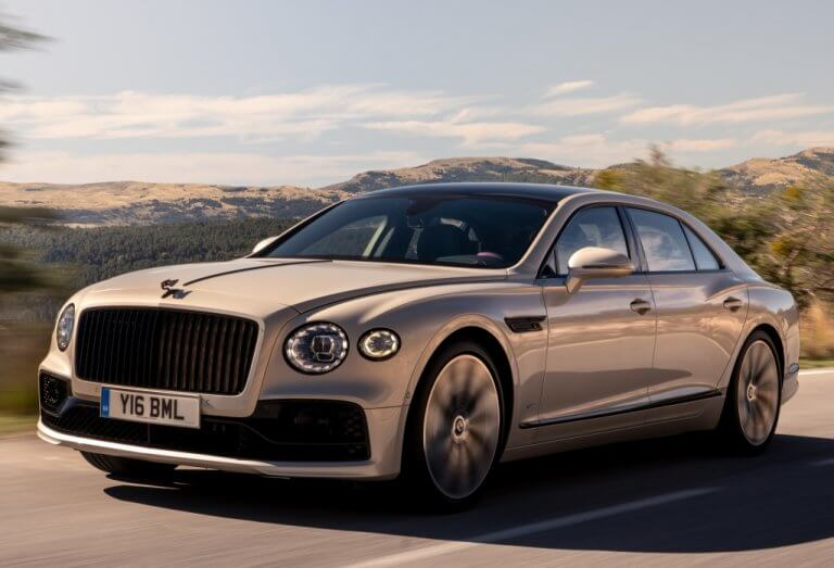 Bentley Flying Spur Blackline, póngase cómodo
