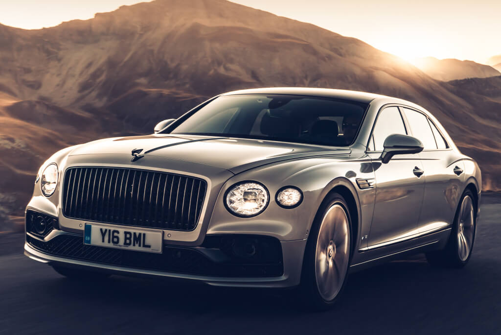 Bentley Flying Spur Blackline, parte frontal.