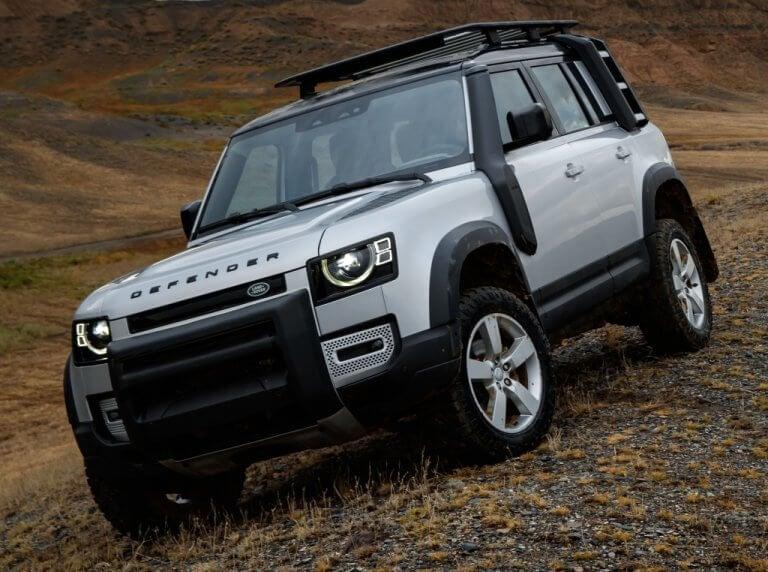 Land Rover Defender 2020, la roca se moderniza