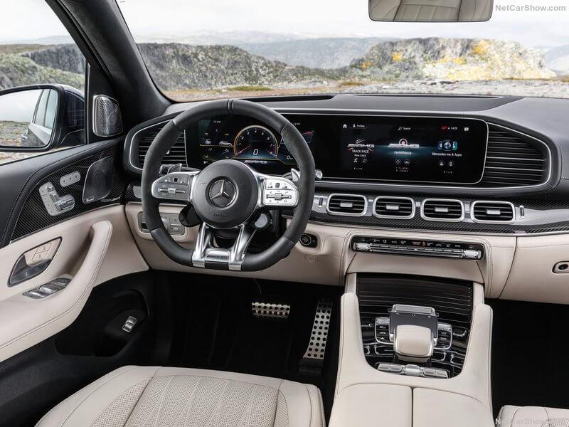 Mercedes-AMG GLE 63, interior.
