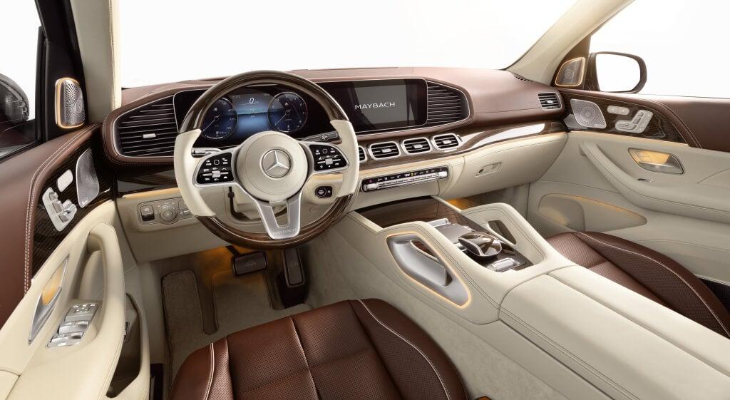 Mercedes-Maybach GLS 600, salpicadero.