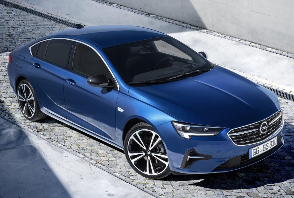 Opel Insignia Grand Sport: frontal.