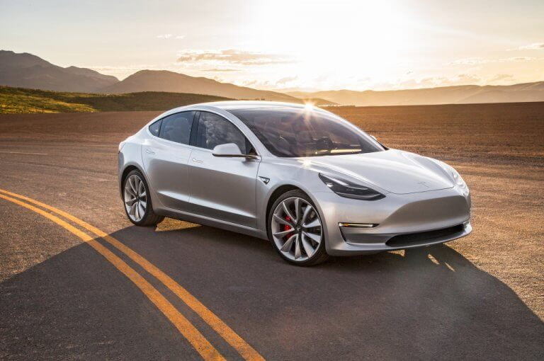 Tesla Model 3 Performance, ¿potencia o autonomía? Las dos por favor