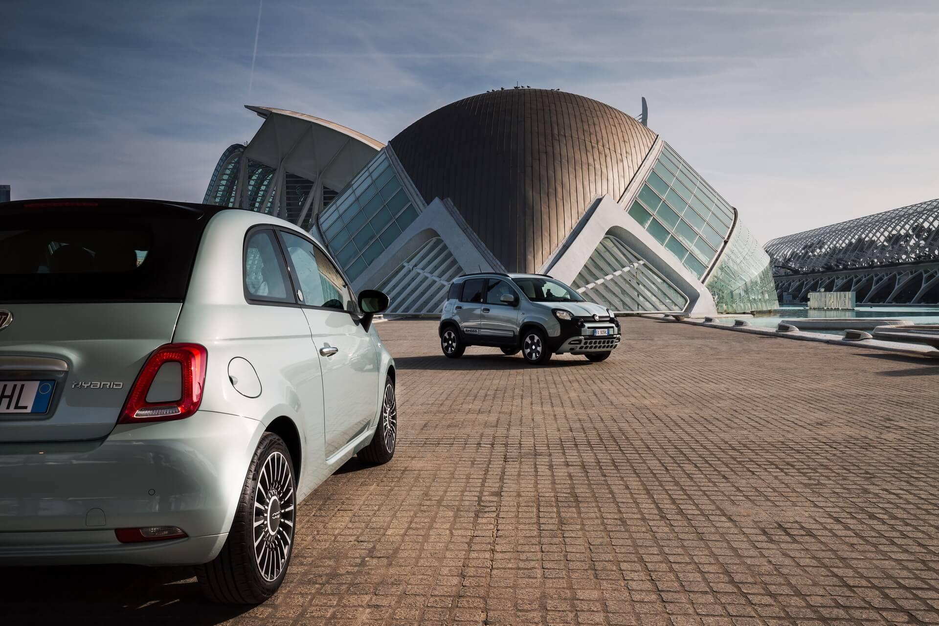 Fiat 500C Hybrid y Panda Cross Hybrid en Valencia.