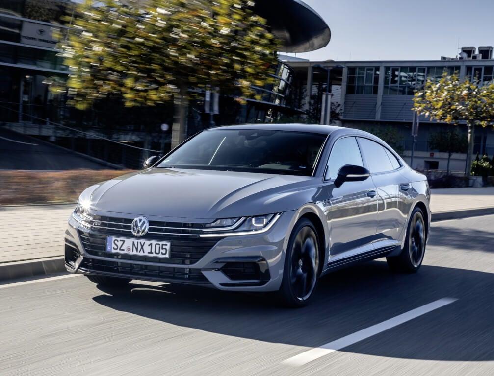 Volkswagen Arteon R-Line Edition en marcha.