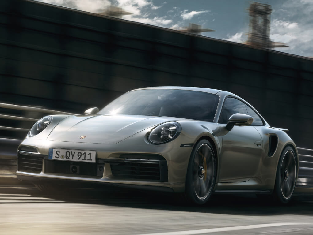 Porsche 911 Turbo S (992), frontal.